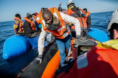 Migration, Europe, rescue, cruise ship