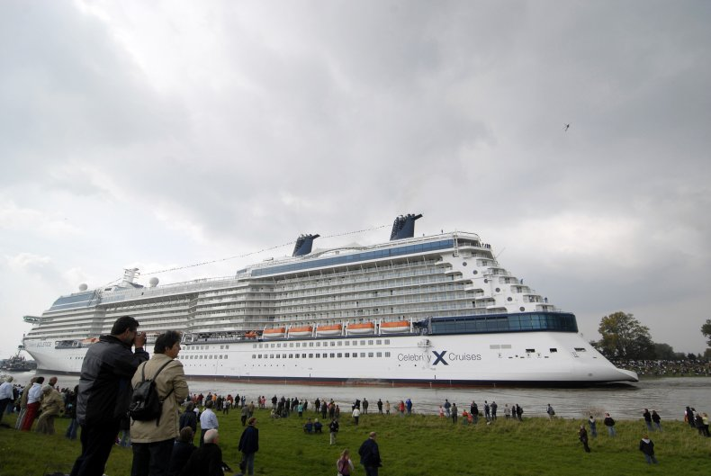 Cruise Ship, Lost Power