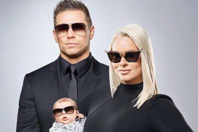 miz and mrs season 1 return