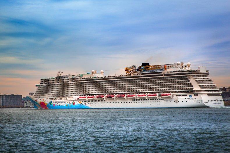 Cruise Ship, Emergency