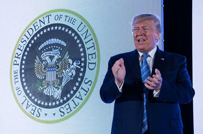 45 Puppet Trump Presidential Seal
