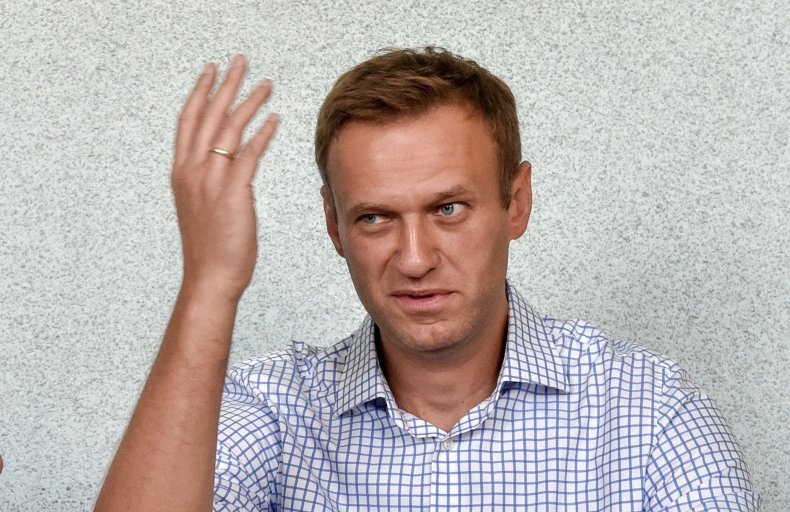 Alexei Navalny, poison, Putin, Russia, mocks