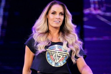 trish stratus wwe smackdown