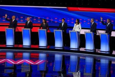 democratic debate cory booker andrew yang college