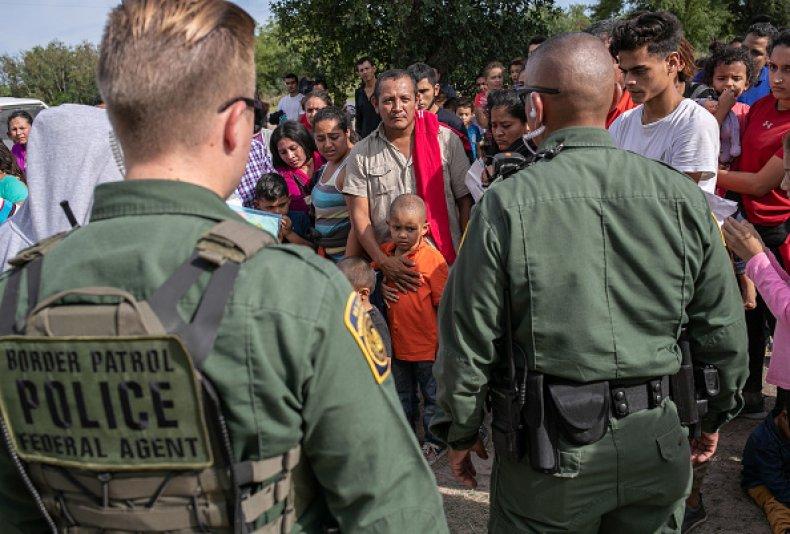 asylum seekers border patrol texas