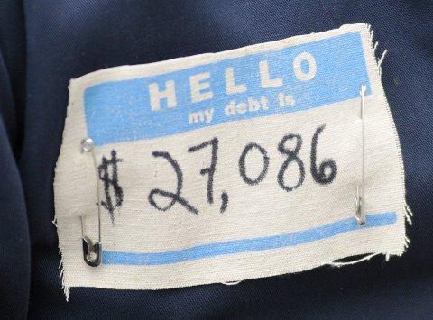FE_Debt_03_493049329