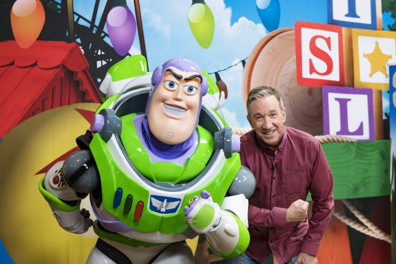 Disney To Bundle Disney Hulu And Espn For 12 99 A Month Starting In November