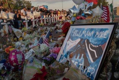 El Paso Texas Walmart shooting victims Trump visit