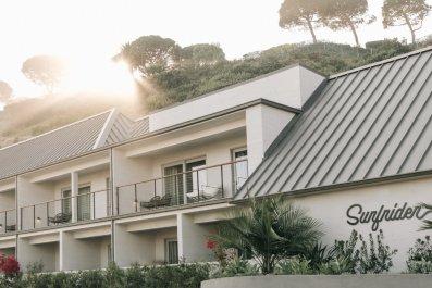 Surfrider hotel