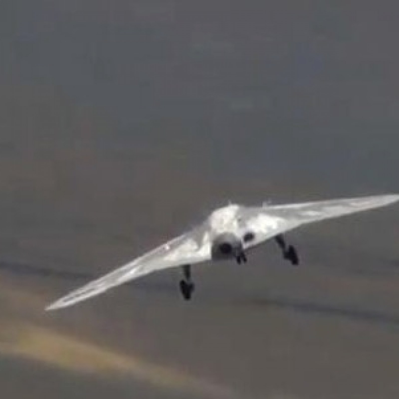 Video: Russia Unveils Secretive 'hunter' Stealth Drone in Footage of