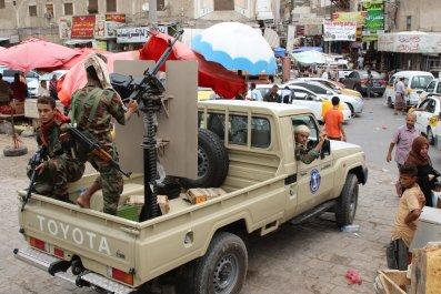 yemen south fighters aden war
