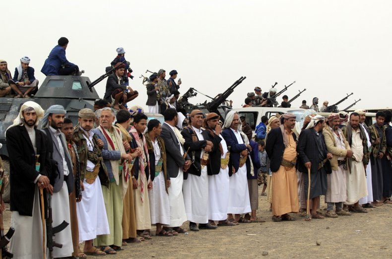 yemen war houthi guns battle