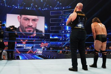wwe smackdown live results roman reigns