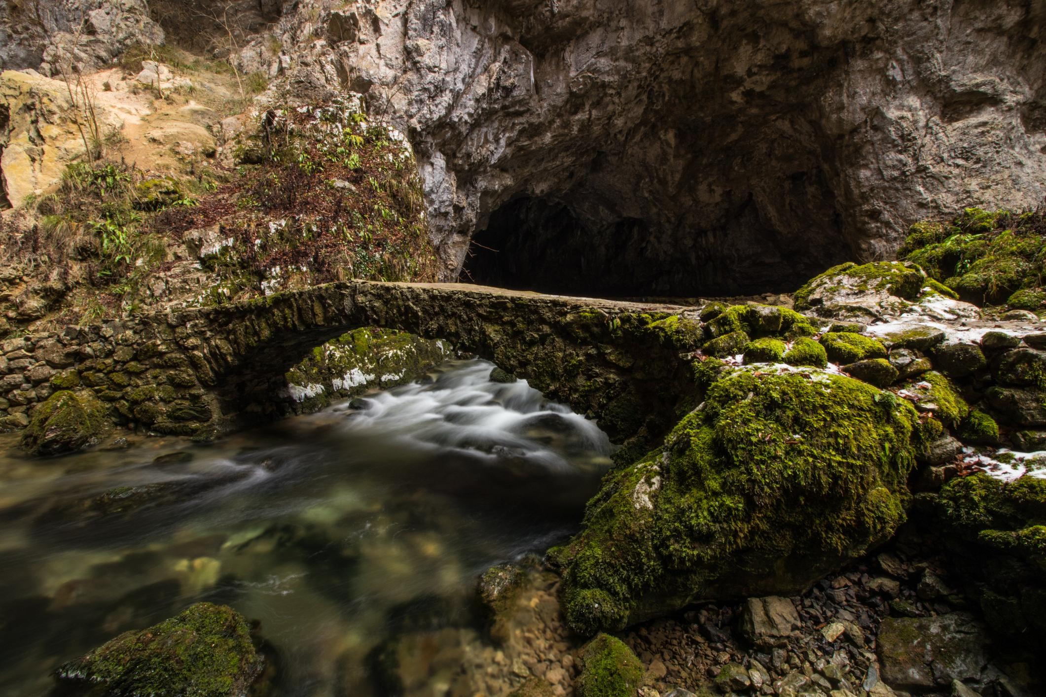 skokjan-cave