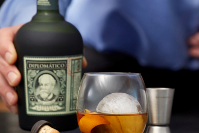 11 Best White and Gold Liquors To Celebrate National Rum Day