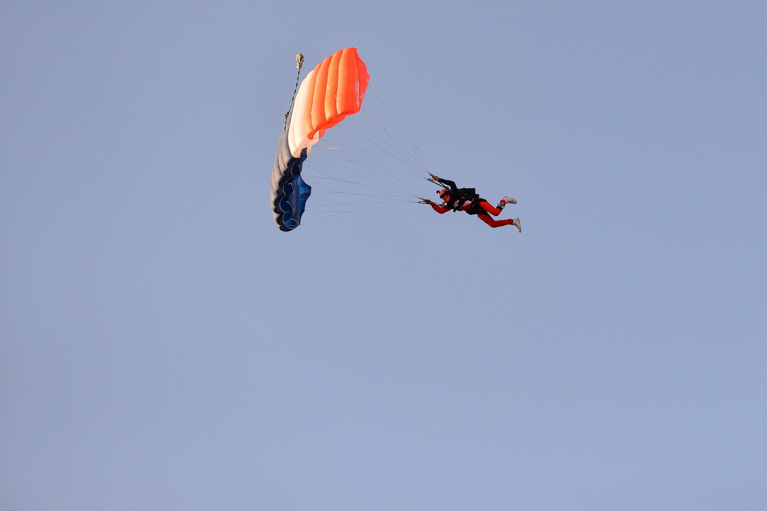 Woman Falls 5,000 Feet As Parachute and Backup Fail in