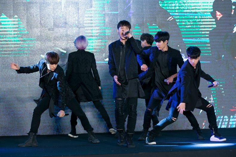 Infinite vocalist L announces departure from label