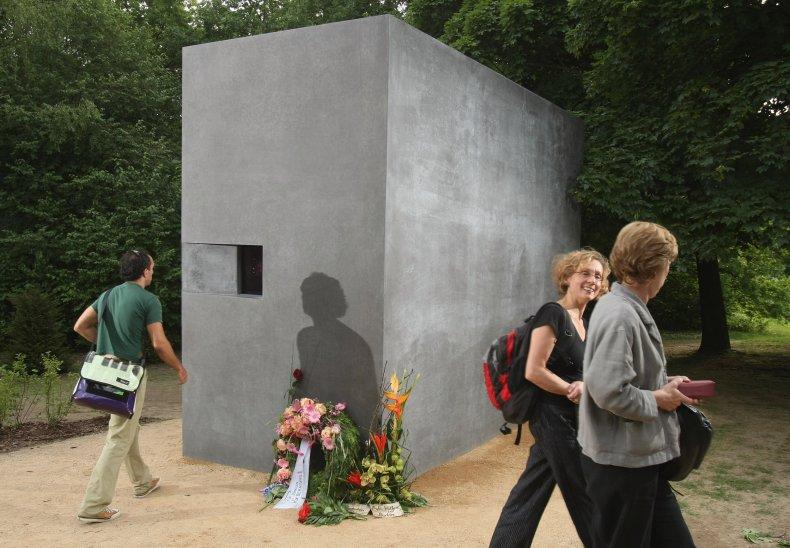 gay holocaust memorial