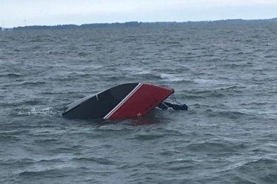 capsized boat, lake erie, ohio, ottawa county,