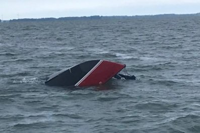 capsized boat, lake erie, ohio, ottawa county,