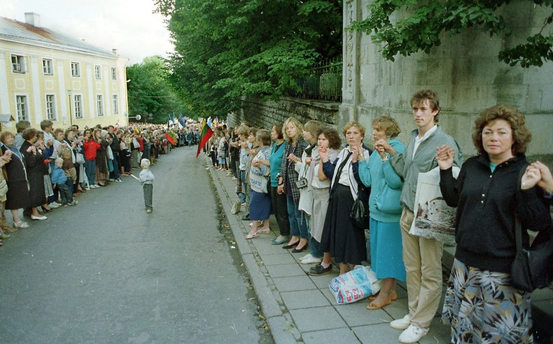 Estonia, Baltic Way march