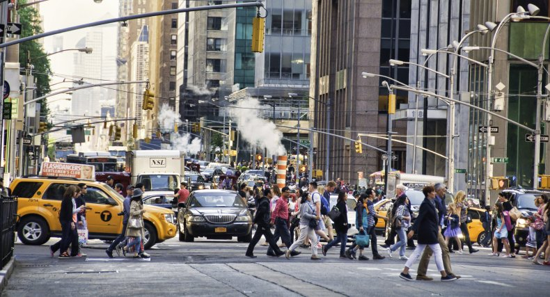 new york, air pollution city, walking, gettty,