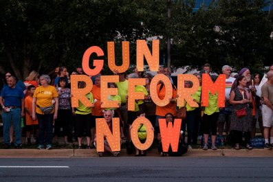 gun reform now advocates outside NRA