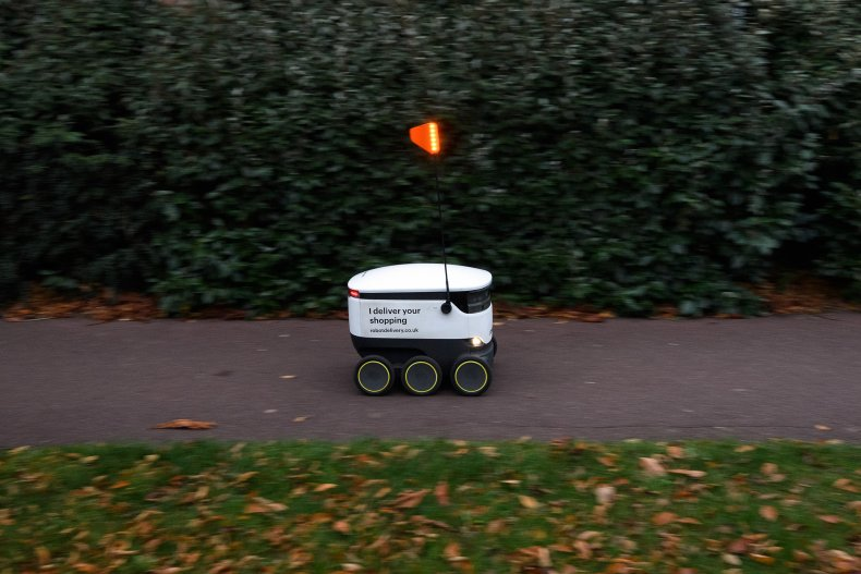 robots college campuses deliveries