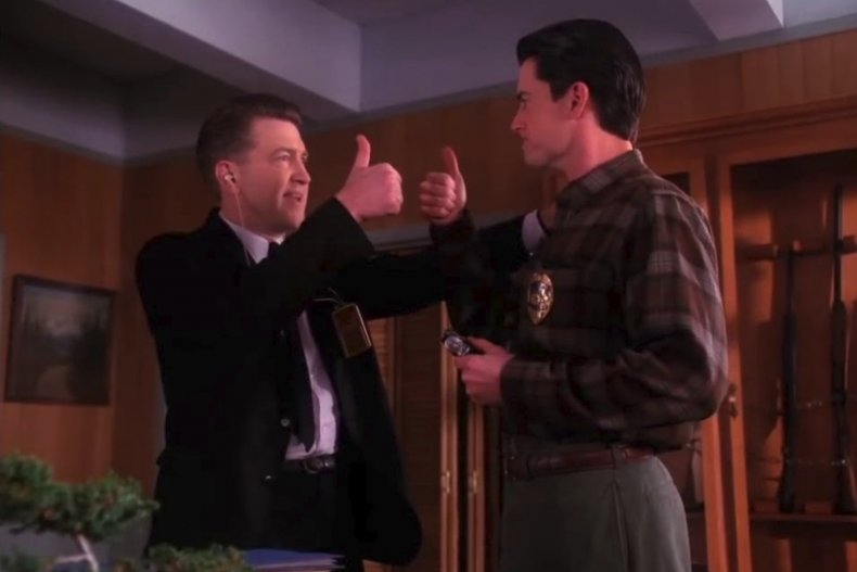 twin-peaks-thumbs-up-season-3