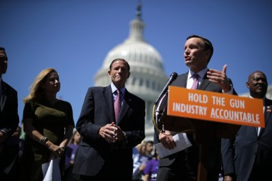 Chris Murphy background checks