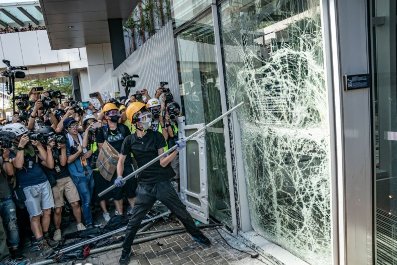 hong Kong, protesters, violence, rewards, bounties, website