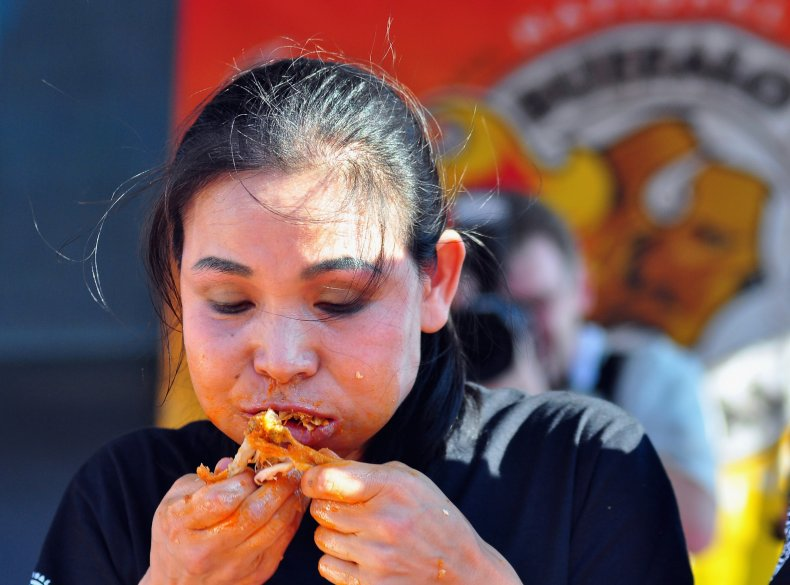 Sonya thomas, chicken wings, competitive eating, newyork