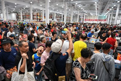 Overcrowded Costco