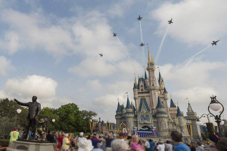 disney world hurricane dorian cancel travel plans