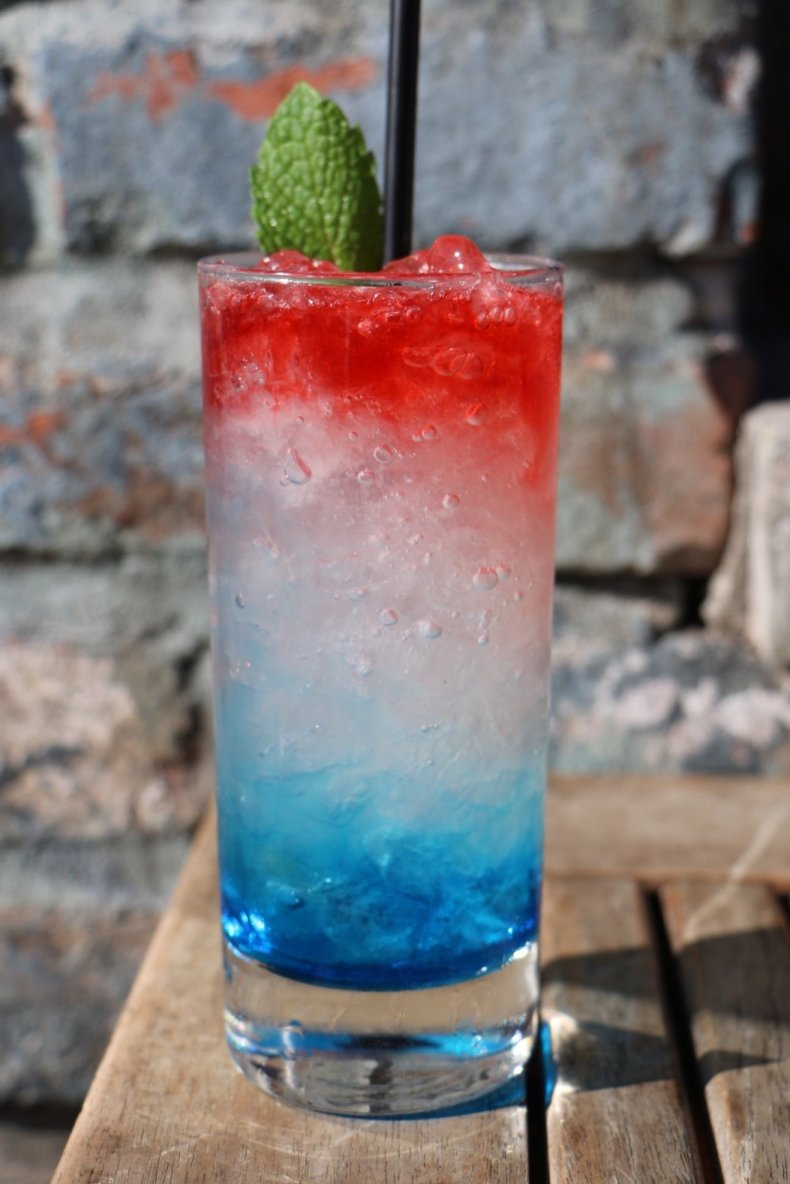 Celebrate Labor Day With These 9 Cocktails