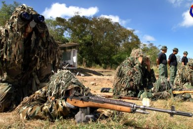 venezuela army training tensions colombia