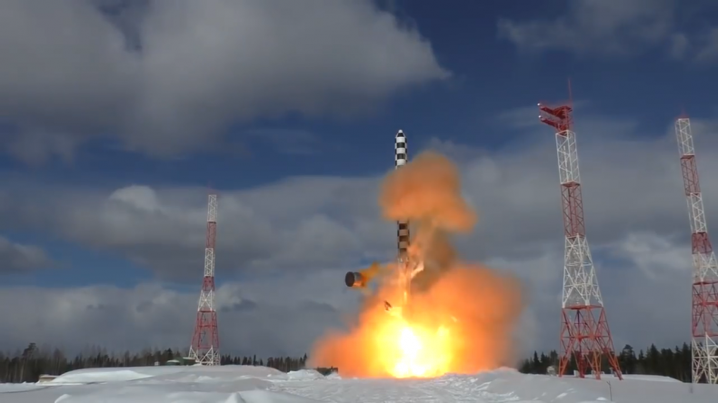 russia nuclear missile invincible test