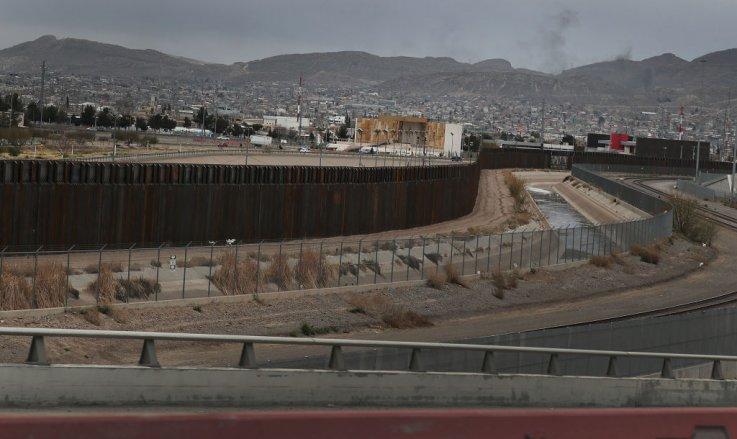 border-wall.jpg?w=737&f=17e5e0b2679e6229
