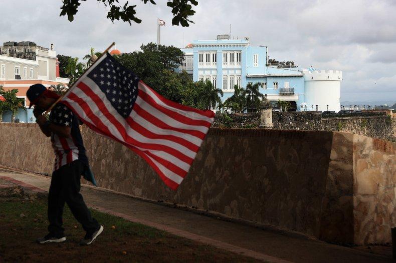 Democrats say HUD violating law Puerto Rico