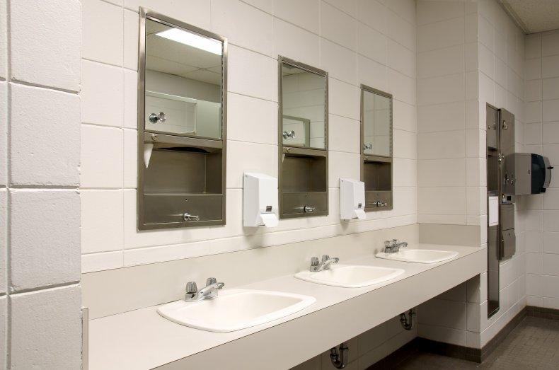 vaping bathroom alabama