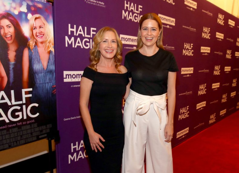 'The Office' Stars Jenna Fischer and Angela Kinsey Announce 'Office Ladies' Podcast