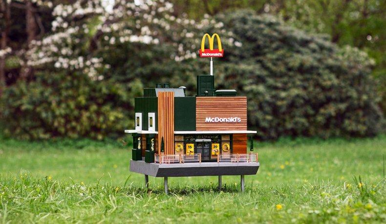 McDonald's Sweden bees