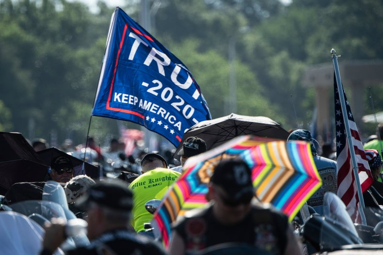 Trump 2020 campaign flag banner cheerleaders school