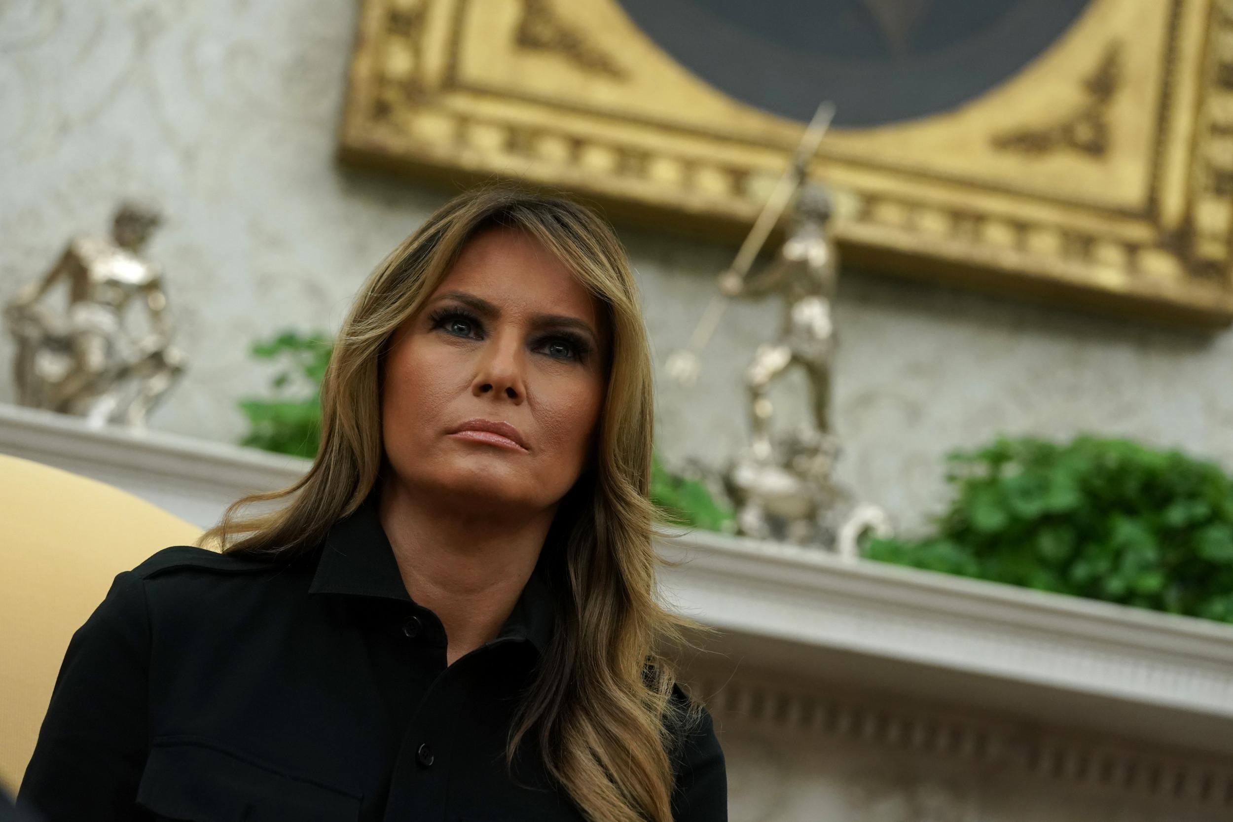 Strange The Internet Isnt Impressed With Melania Trumps White Short Links Chair Design For Home Short Linksinfo