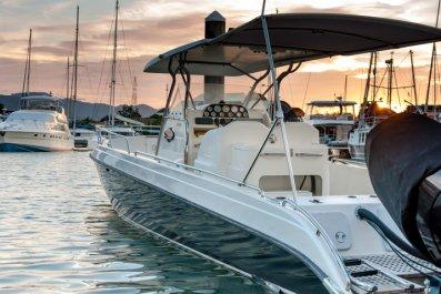 Motorboat (stock)