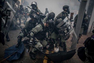 police, shoot, hong kong, protester, China