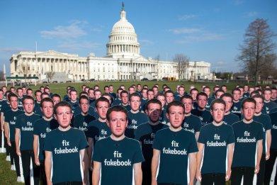 Elizabeth Warren Claps back Mark Zuckerberg