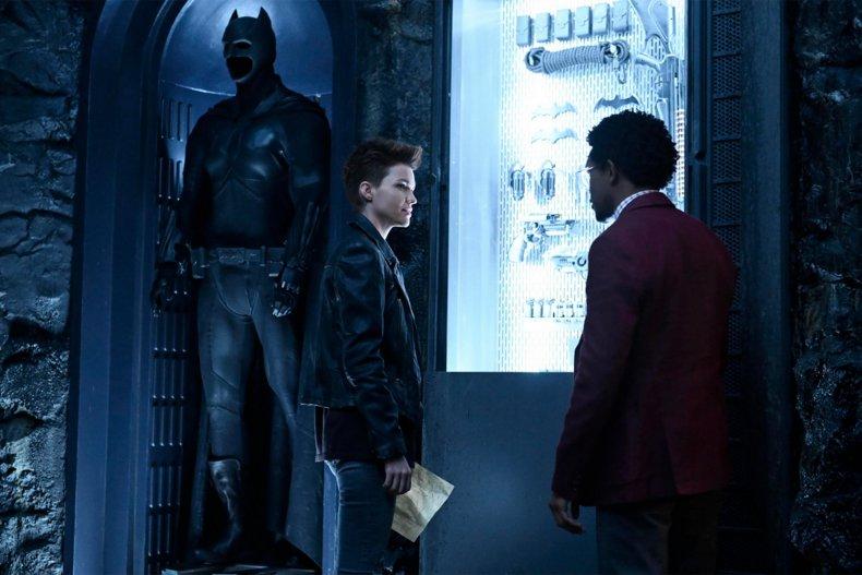 batwoman cw cast