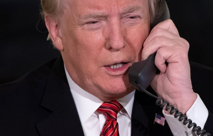 DOnald Trump, phone, calls, Putin, leaders