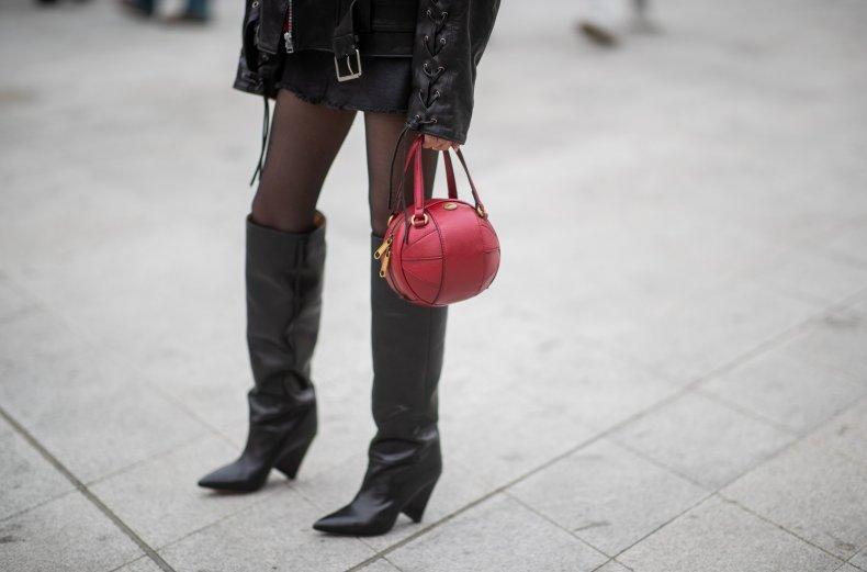 Spherical handbag